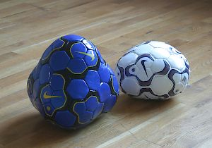 "HERR MARIO: ""Global Player Matchballs (2001)"""